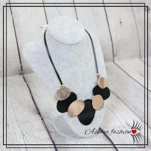 Jewelry - Pendants Big Chunky Necklaces